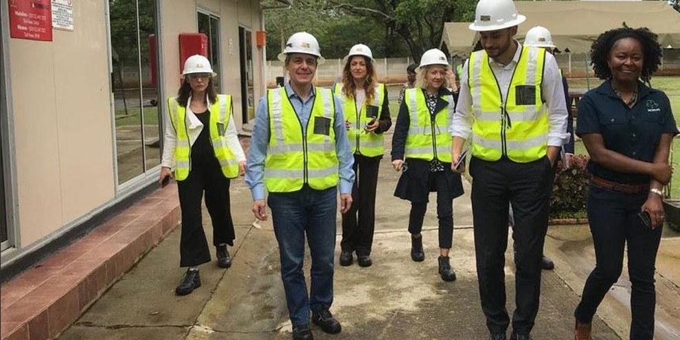 Bundesrat Cassis bei seinem Besuch in Sambia. © Twitter