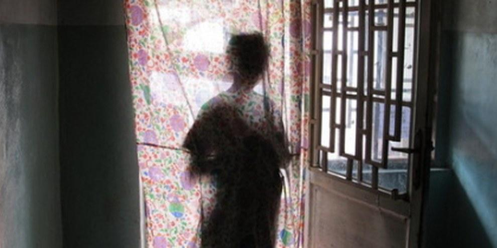 Ein 15-jähriges Mädchen, Opfer eine Vergewaltigung, im Osten Kongos. © AI