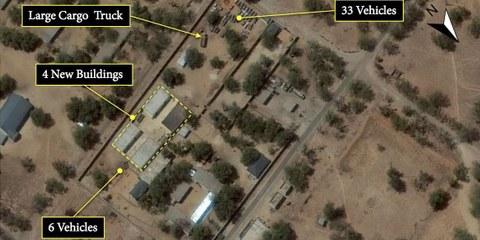 Satellitenbilder vom Februar 2016 zeigen neu gebaute Zellen, wie von Augenzeugen beschrieben. © 2016 DigitalGlobe