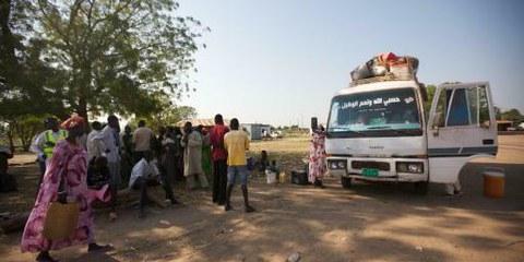 SüdsudanesInnen kehren für die Abstimmung zurück  ©UNHCR / A. Coseac