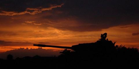 Ein Panzer im Südsudan ©TIM McKULKA/UNMIS