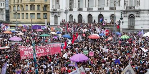Proteste gegen Bolsonaros Programm, Rio de Janeiro September 2018  © shutterstock Andre Melo-Andrade