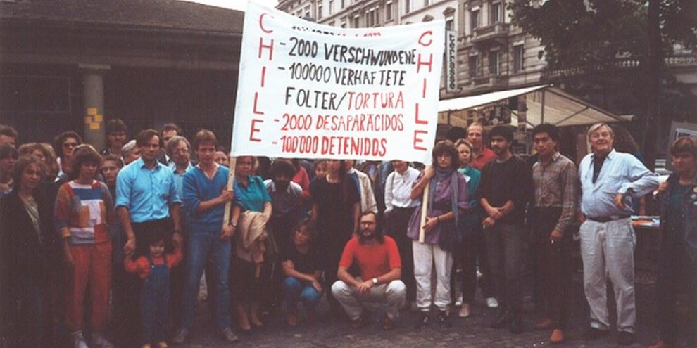 Eine spontane Solidaritätskundgebung für Chile in Zürich am 13. September 1986 © Amnesty International