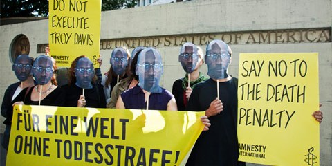 Amnesty-Aktion vor der US-Botschaft in Bern, 15. September 2011 © AI