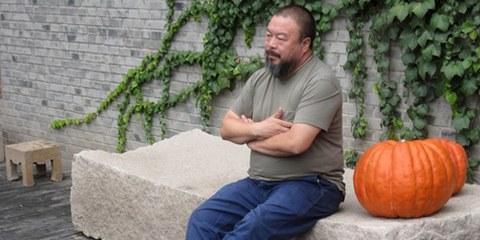 Ai Weiwei, 2009. © Bert van Dijk