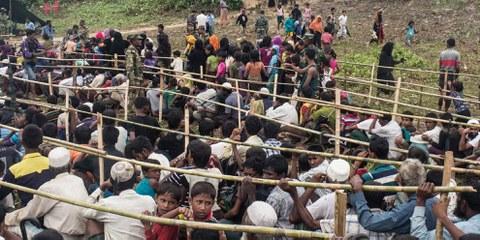 Rohingyas in einem Flüchtlingslager in Bangladesch © Andrew Stanbridge / Amnesty International