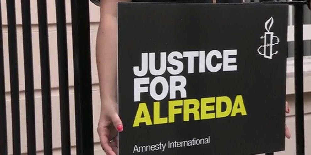 Solidaritäts-Aktion für Alfreda Disbarro in Grossbritannien. © Amnesty International
