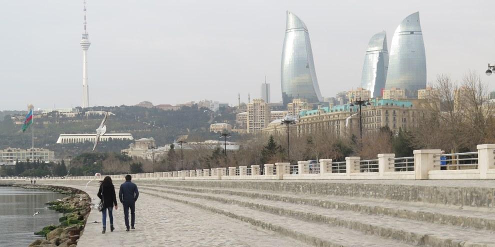 Kritik unerwünscht: Weiterhin bleiben viele Menschenrechtsaktivisten und Regierungskritikerinnen in Aserbaidschan in Haft. © Amnesty International