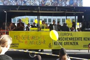 #UNTEILBAR: 240'000 Menschen demonstrieren für eine offene Gesellschaft