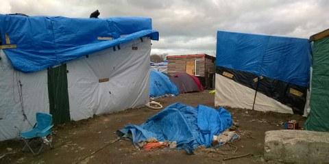 Kein Ort für Kinder: Der «Dschungel» von Calais. © AIF