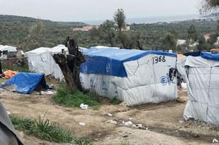 Flüchtlinge dürfen auf das Festland weiterreisen