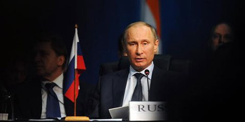 Seit Putin seine dritte Präsidentschaft angetreten hat, traten mehrere repressive Gesetze in Kraft. © AP Photo/Sabelo Mngoma