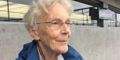 Anni Lanz hat aus reinem Mitgefühl gehandelt, wurde aber dennoch wegen «Erleichterung der rechtswidrigen Einreise in die Schweiz» verurteilt. © Julie Jeannet