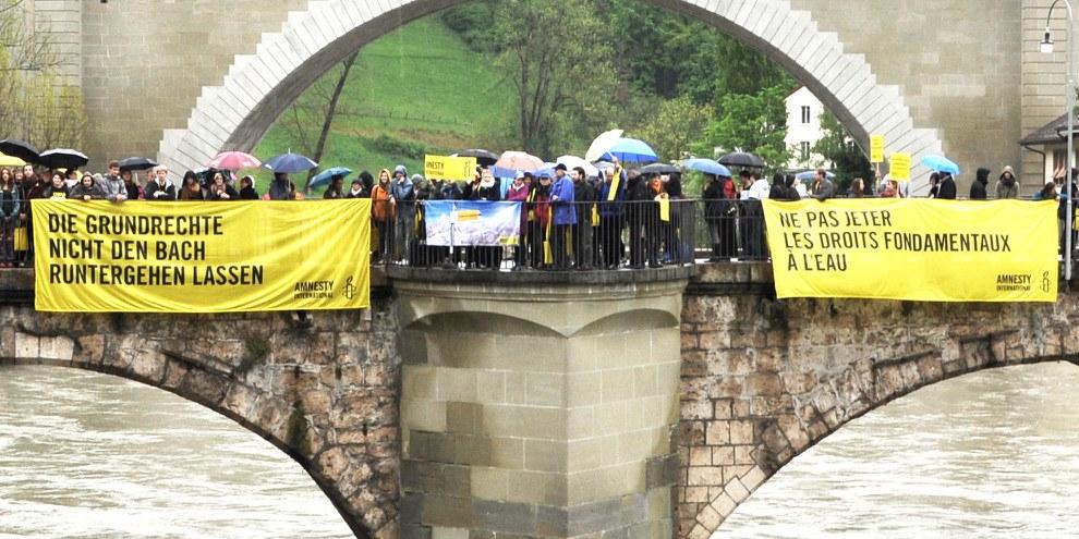 Die SVP-Initiative richtet sich direkt gegen die Europäische Menschenrechtskonvention, der beste Schutz der Grundrechte in der Schweiz © Amnesty International