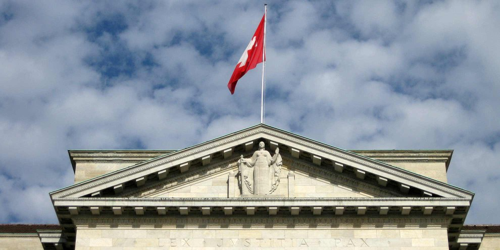 Die Durchsetzungsinitiative wirft die Rechtsprechung des Bundesgerichts über den Haufen. © Norbert Aepli