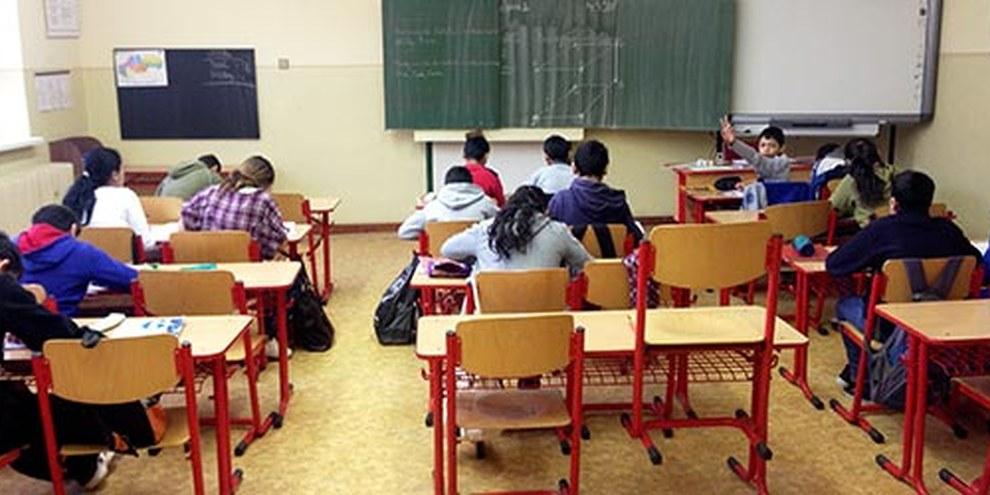 Eine Containerschule für Romakinder in der Slowakei. © AI