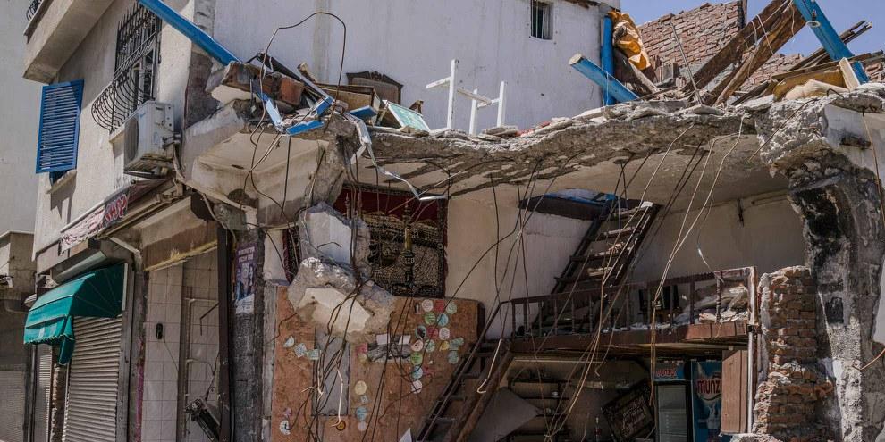 Zerstörtes Haus in Sur. © Guy Martin/Panos