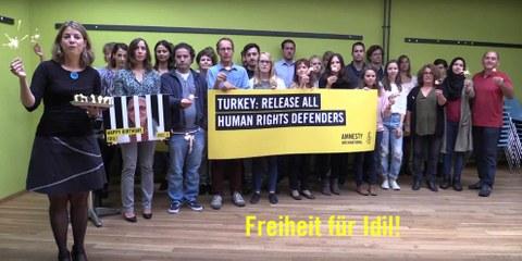 Amnesty Schweiz gratuliert Idil!