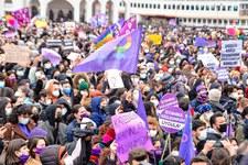 Austritt aus der Istanbul-Konvention gefährdet Frauen und Mädchen