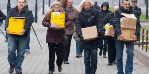 250.000 Unterschriften unterwegs zum Präsidenten, 9. Dezember in Minsk © Private
