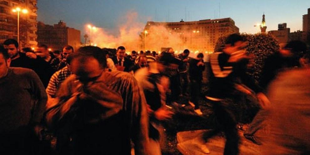 Auf dem Tahrir-Platz in Kairo kam es zu Handgemengen mit der Polizei. © Demotix / Nour El Refai