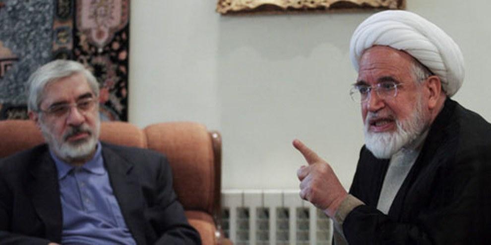 Die beiden Oppositionspolitiker Mir Hossein Mousavi und Mehdi Karroubi sind seit Februar 2012 de facto in Hausarrest. © Reuters