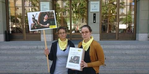 24'404 Unterschriften für Nasrin wurden alleine in der Schweiz gesammelt. Amnesty versuchte den Fall auch der Delegation des iranischen Vizeaussenministers zur Kenntnis zu bringen, der der Schweiz am 13. Juni 2019 einen Besuch abstattete.   © AI