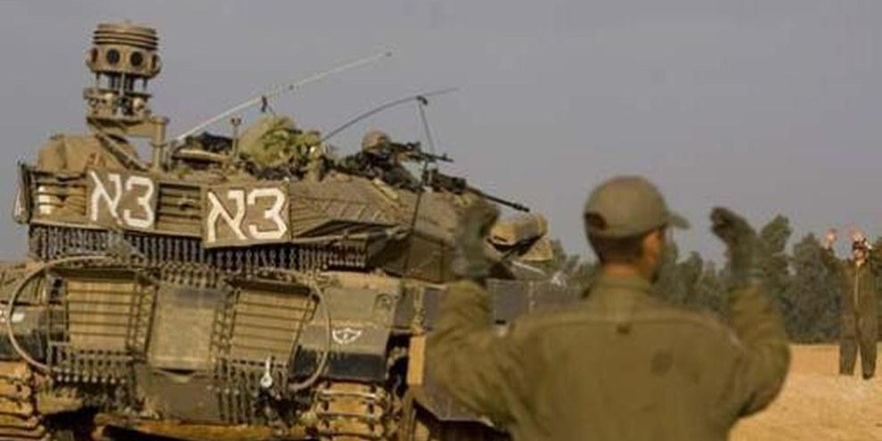 Israelische Soldaten nahe der Grenze zum Gazastreifen © AP Graphics Bank