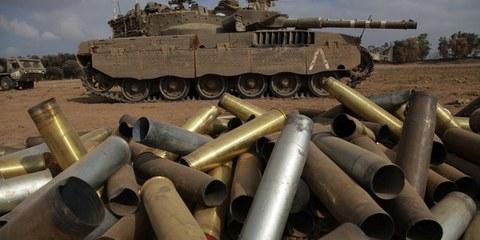 Israelischer Panzer an der Grenze zu Gaza, 28. Juli 2014. © OLIVER WEIKEN / EPA
