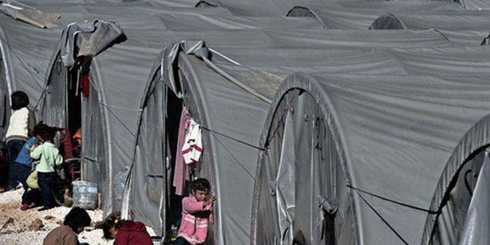 Das Flüchtlingslager Suruc in der Türkei, nahe der syrischen Grenze. ©ARIS MESSINIS/AFP/Getty Images