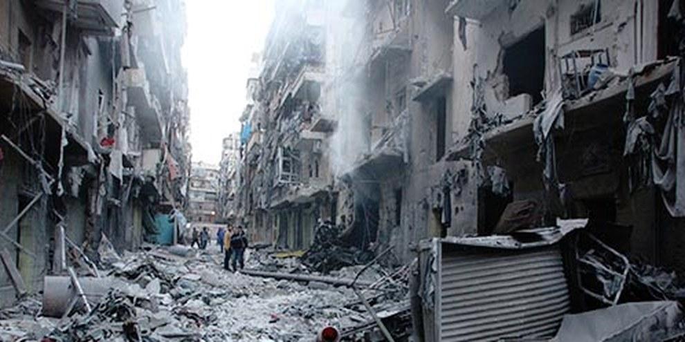 Aleppo: Das Quartier Salahideen Anfang April nach einem Angriff durch eine Boden-Boden-Rakete. © Amnesty International / Khalil Hajjar