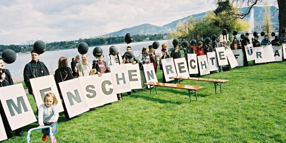 Stopp Folter Aktion in Genf © Amnesty International