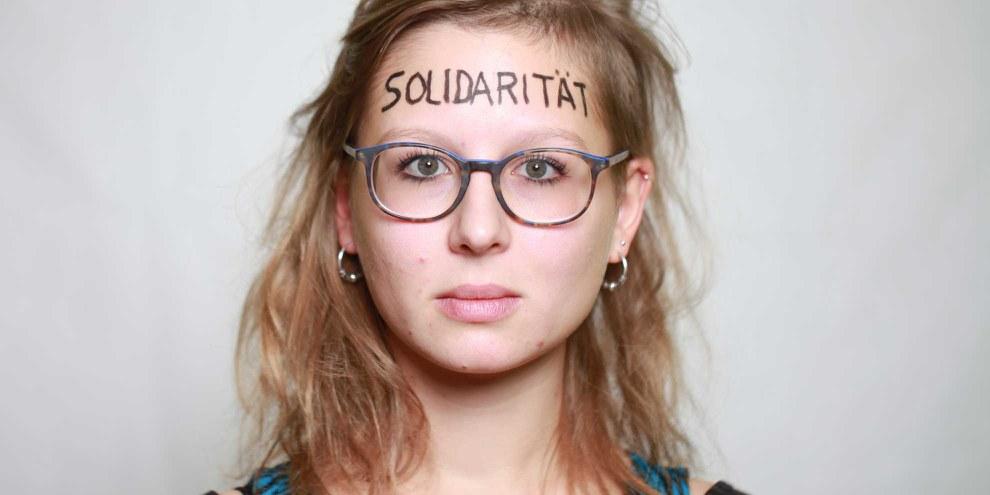Sophia Polek lebt Solidarität im Basler Alltag mit Geflüchteten. © Petar Mitrovic