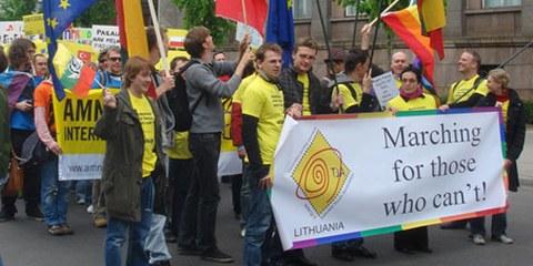 Teilnehmende der «Baltic Pride» 2009 in der lettischen Hauptstadt Riga © Donnacha DeLong and Daryl Manning