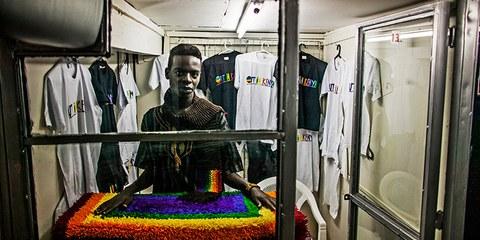 Mitglied der kenianischen LGBTI Gruppe 'Out in Kenya' in Nairobi © Pete Muller