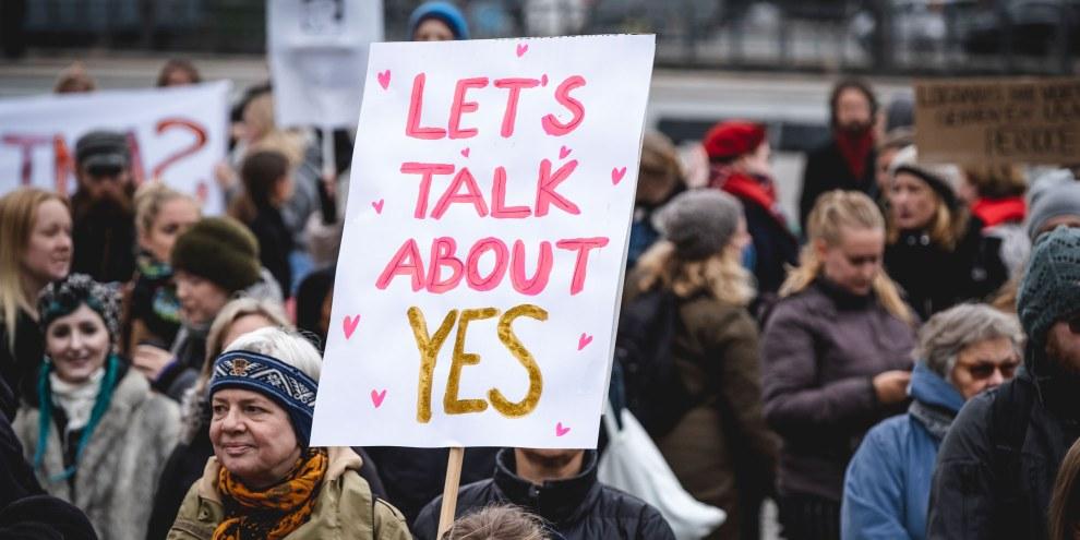 Protest gegen die weitverbreitete Straflosigkeit von Vergewaltigung in Dänemark. ©  Jonas Persson  / Amnesty International