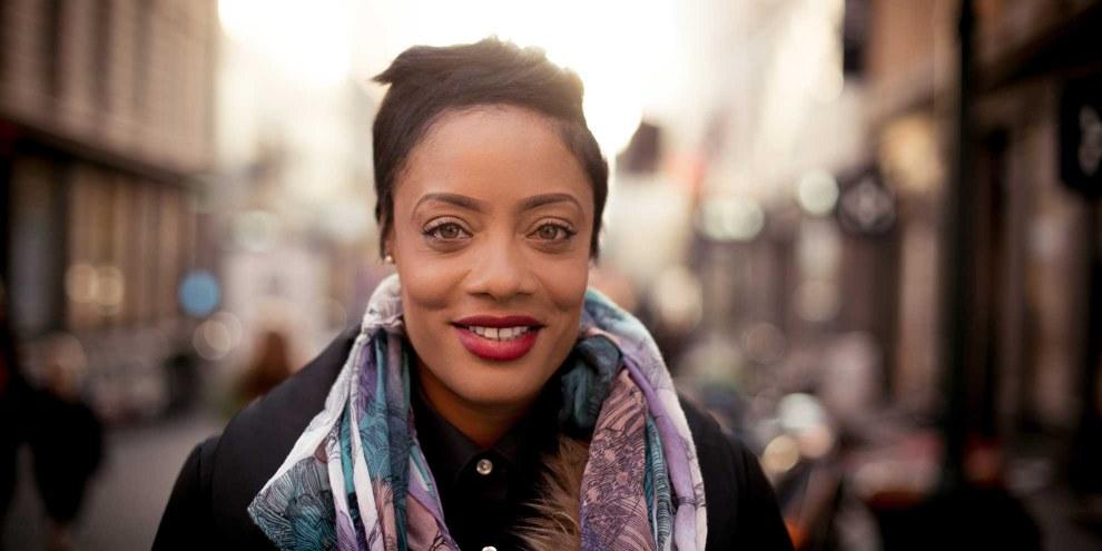 jamaikanische Frauen ausgesetzt