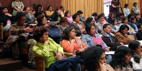 Frauenrechtsabkommen und -normen