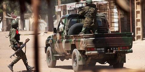 Malische Soldaten in Gao, 21.02.13 © REUTERS/Joe Penney