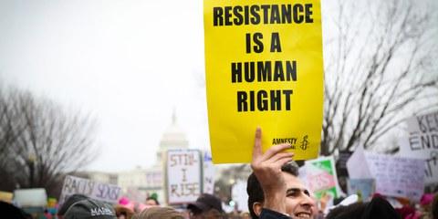 Überall auf der Welt haben sich Aktivistinnen und Aktivisten für die Menschenrechte eingesetzt. Eine Auswahl von Aktionen sehen Sie mit Klick auf das Bild. © Amnesty International USA
