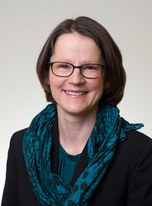 Evelyne Schmid ist Assoziierte Professorin  für Völkerrecht an der  Universität Lausanne.