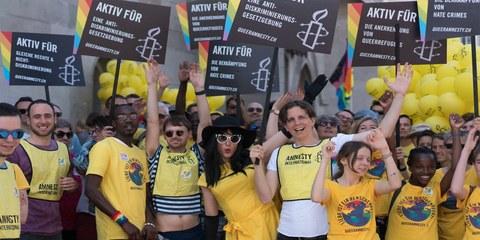 Jubiläumsfest - 20 Jahre Queeramnesty