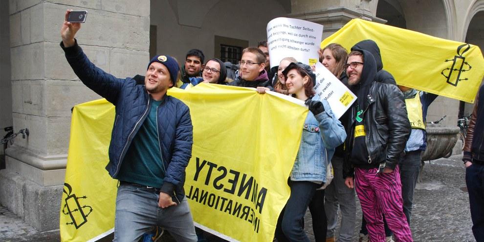 Knackeboul und AMNESTY YOUTH für Menschenrechte