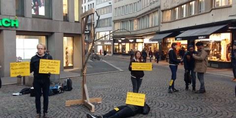 © Aktionsfoto von Camille Leyrer, Jugendgruppe Luzern