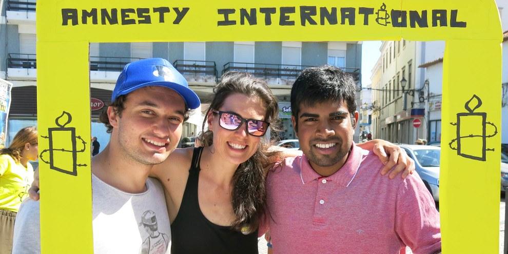 Die Youthdelegation aus der Schweiz: Marc, Iris und Manu (v. l. n. r.) © Amnesty International