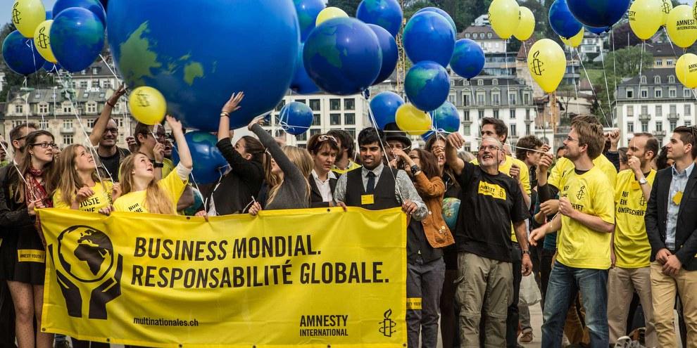 Lors de l'Assemblée générale de 2015, les membres d'Amnesty Suisse ont réaffirmé leur soutien à l'Initiative pour la responsabilité des entreprises. ©AI