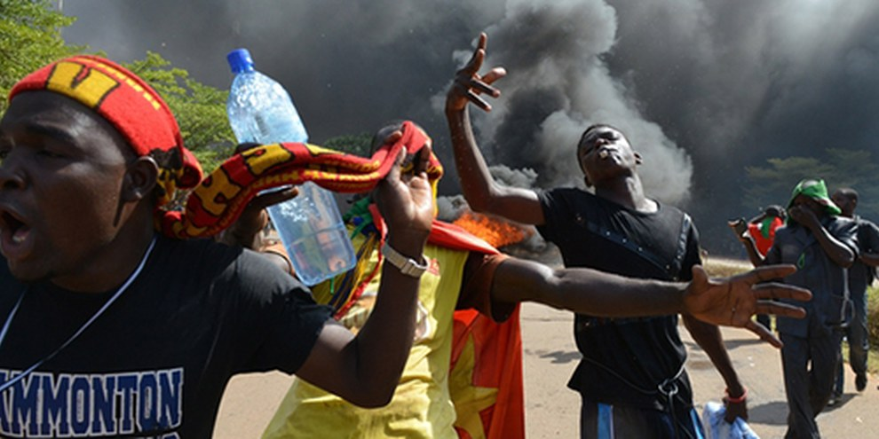 Au moins trois manifestants sont morts et des dizaines d'autres ont été blessés depuis le début des troubles. © AFP/Getty Images