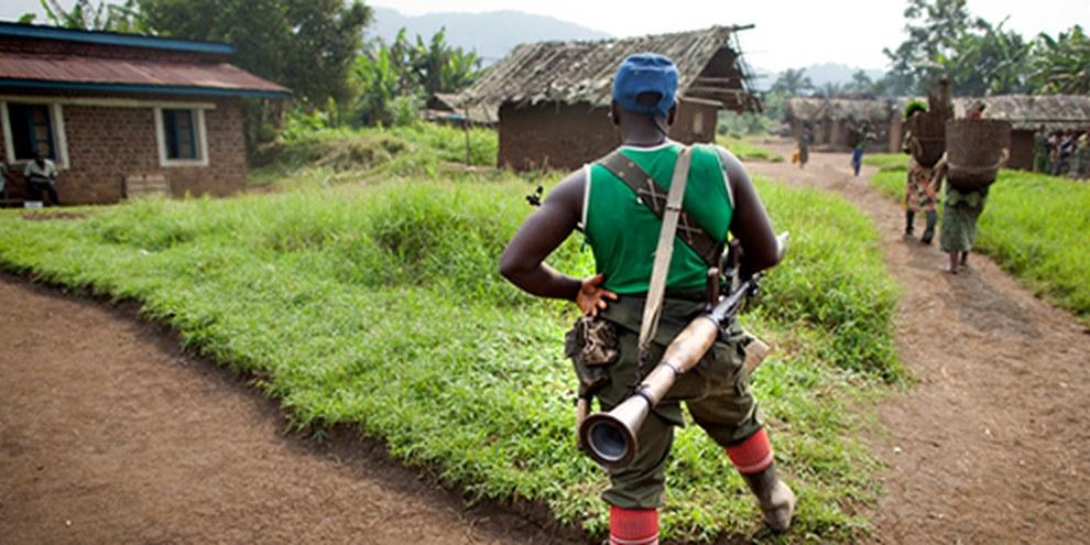 Les nombreux groupes armés ainsi que les forces gouvernementales voient d'un mauvais oeil les rapports sur leurs agissements. © Blattman
