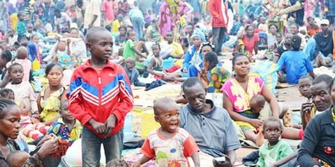 D'innombrables civils ont pris refuge à l'aéroport M'Poko à 7 km de Bangui, la capitale du pays. © UNHCR/L. Wiseberg
