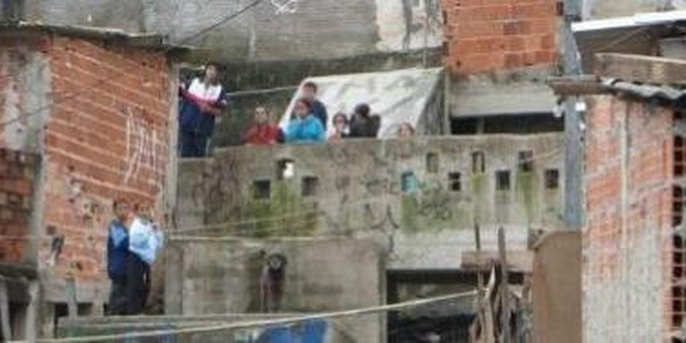 Conditions de logement précaires à Sao Paulo © AI